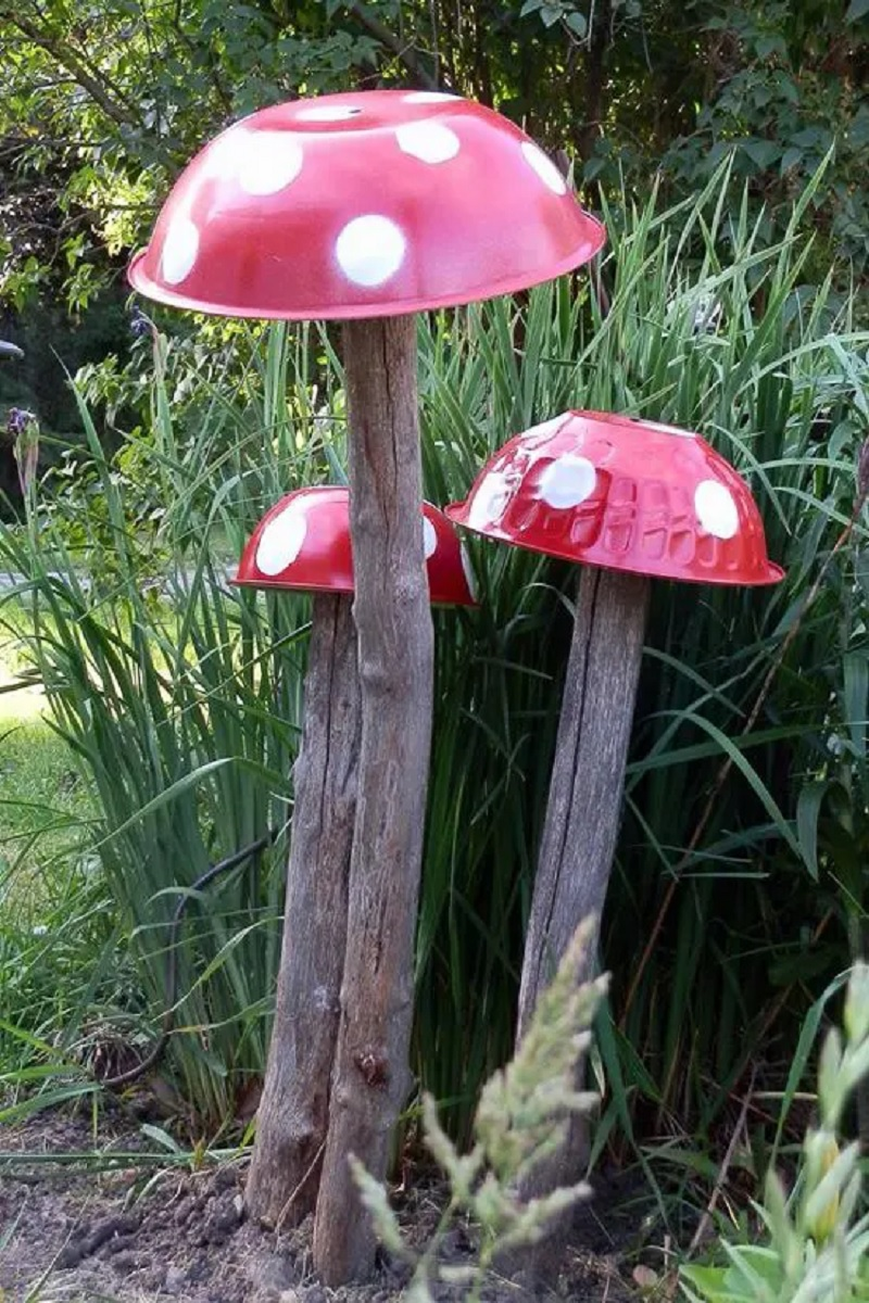 abbellire-il-giardino-fai-da-te-funghi