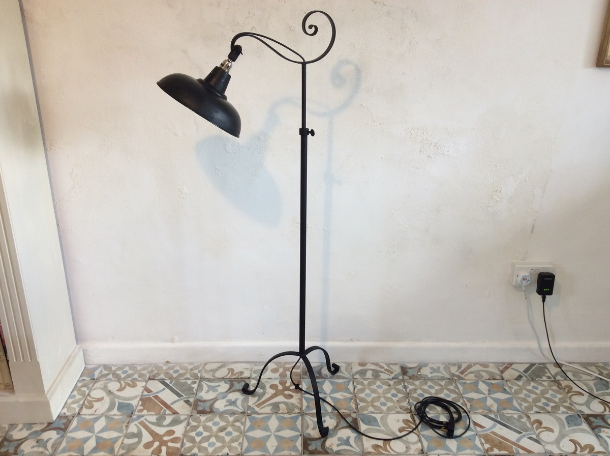 lampade-ferro-battuto-anni-venti