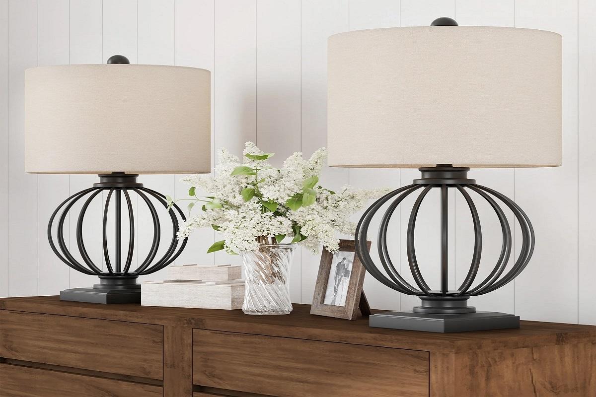 lampade-ferro-battuto-da-tavolo