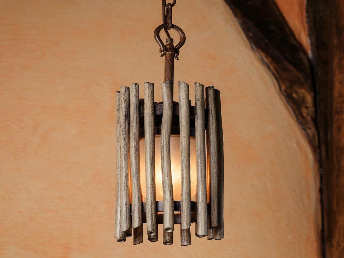 lampade-ferro-battuto-esterni-decorata-bambù
