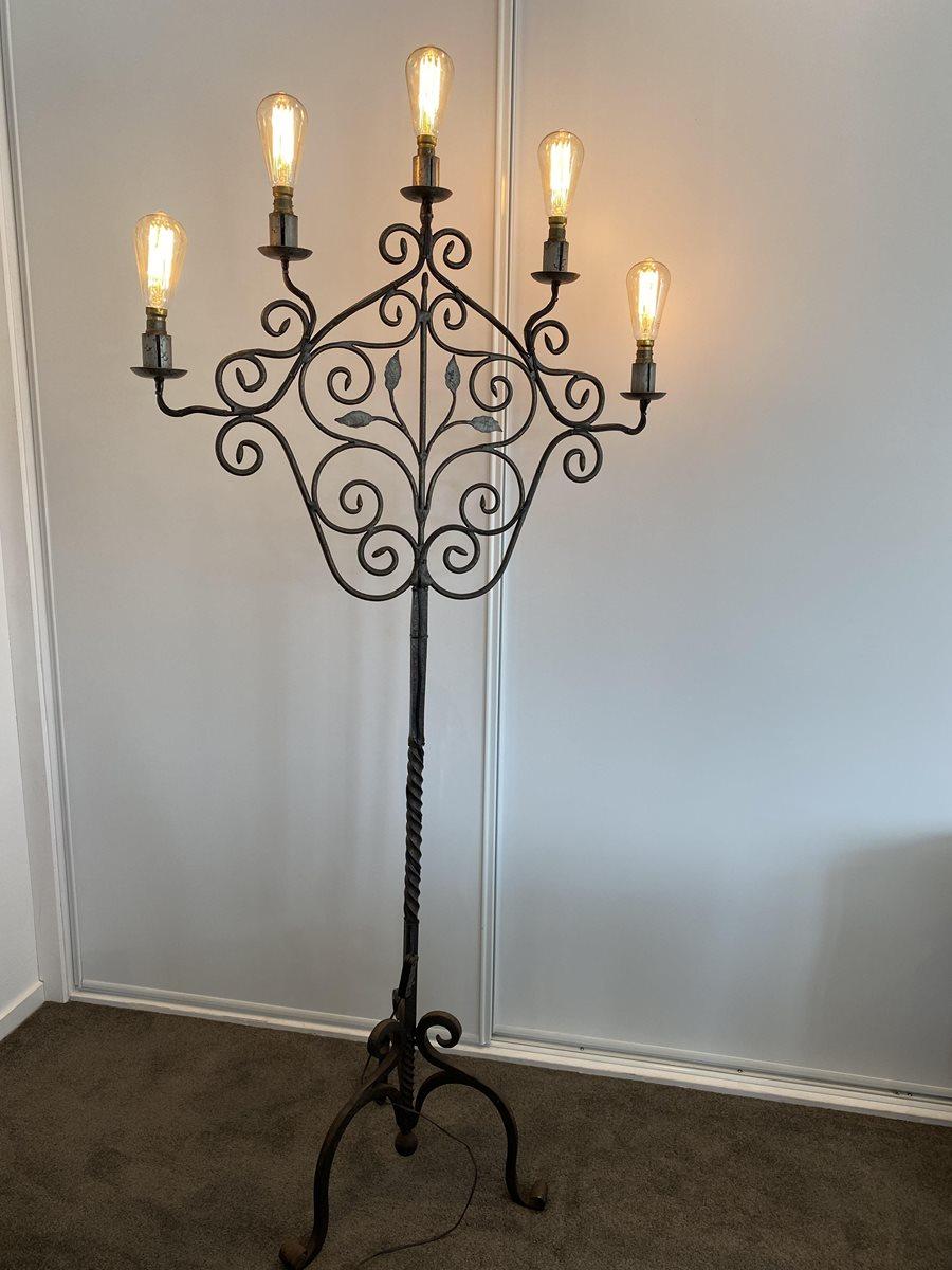 lampade-ferro-battuto-stile-candelabro