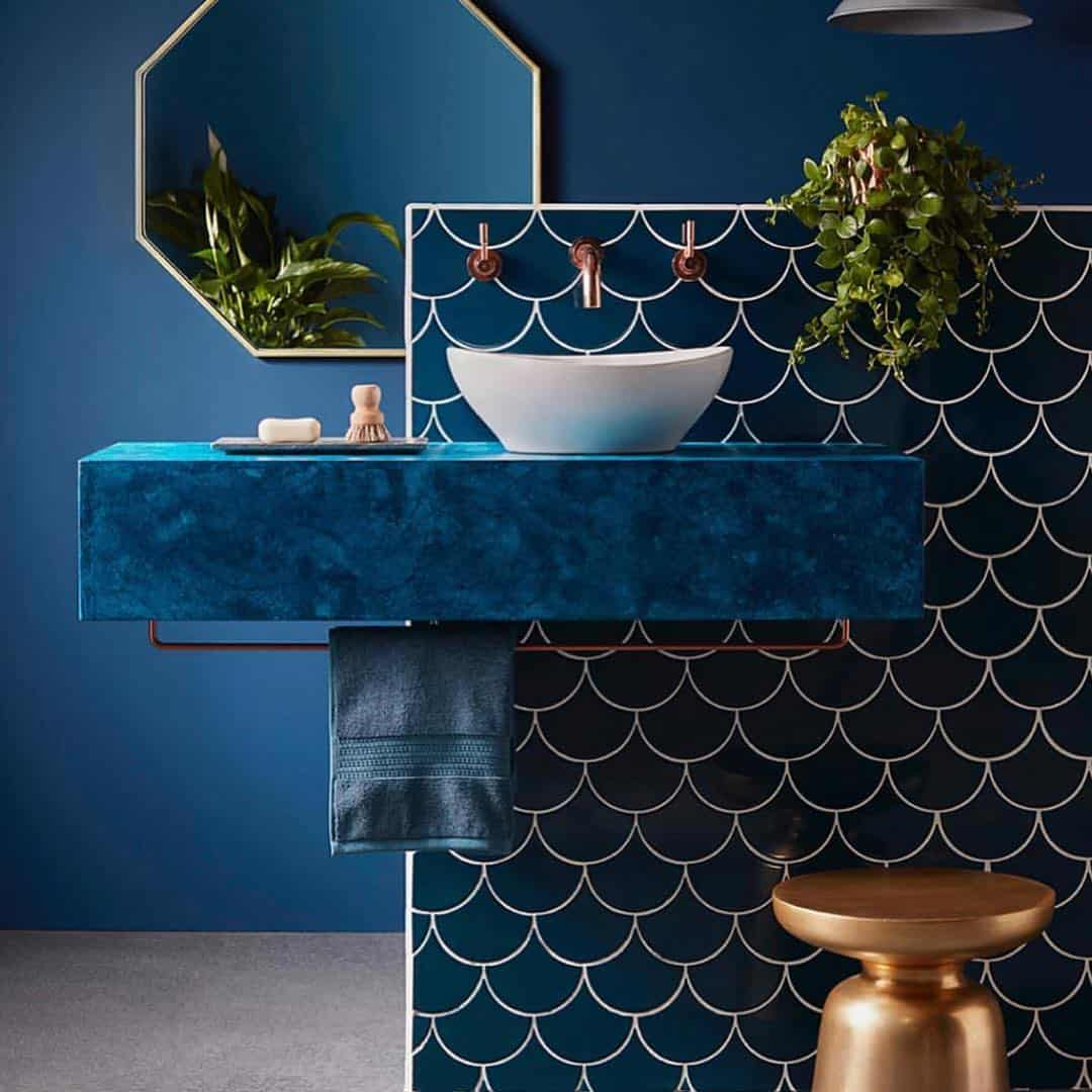 bagno-pareti-color-blu-navy-2