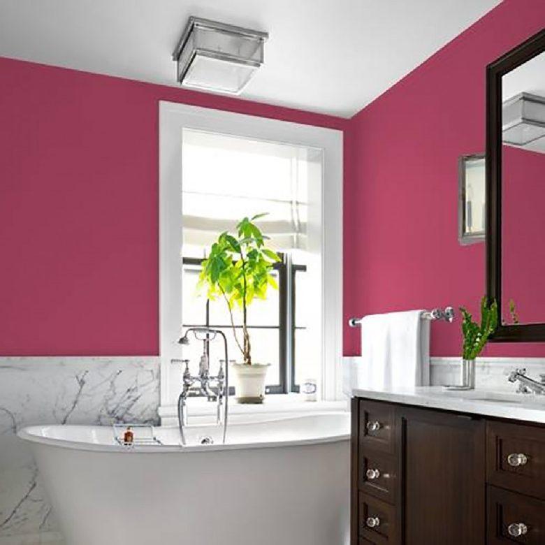bagno-pareti-color-magenta-idee-foto-2