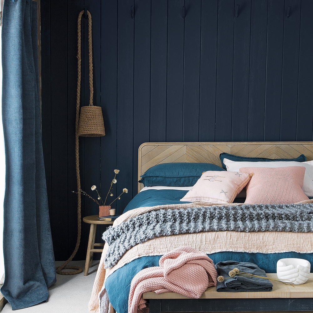 Camera da letto pareti color zaffiro: 10 idee e foto