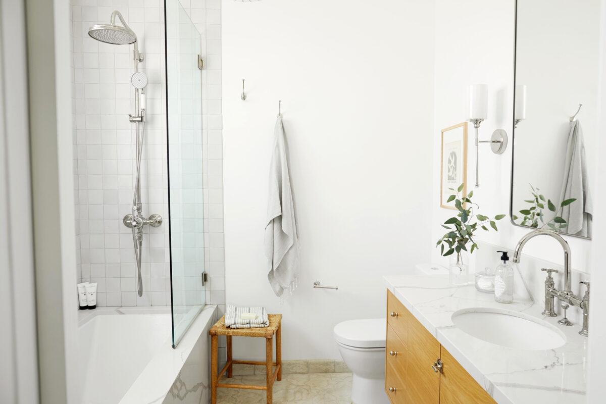 Colore neutro pareti bagno: 10 idee e foto