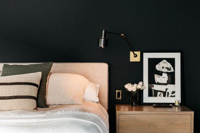 colori-scuri-per-la-camera-da-letto-10-idee-e-foto-02