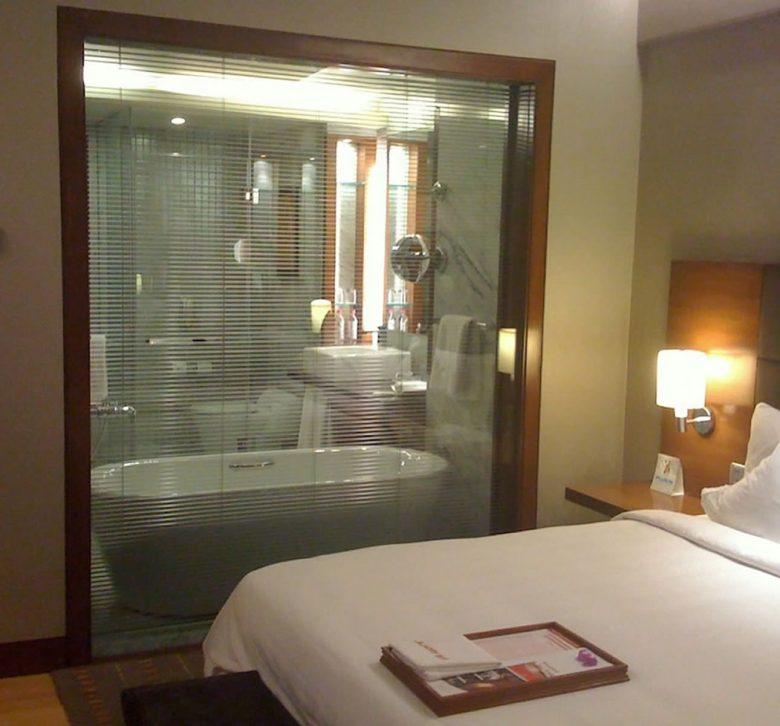 doccia-in-camera-da-letto-03