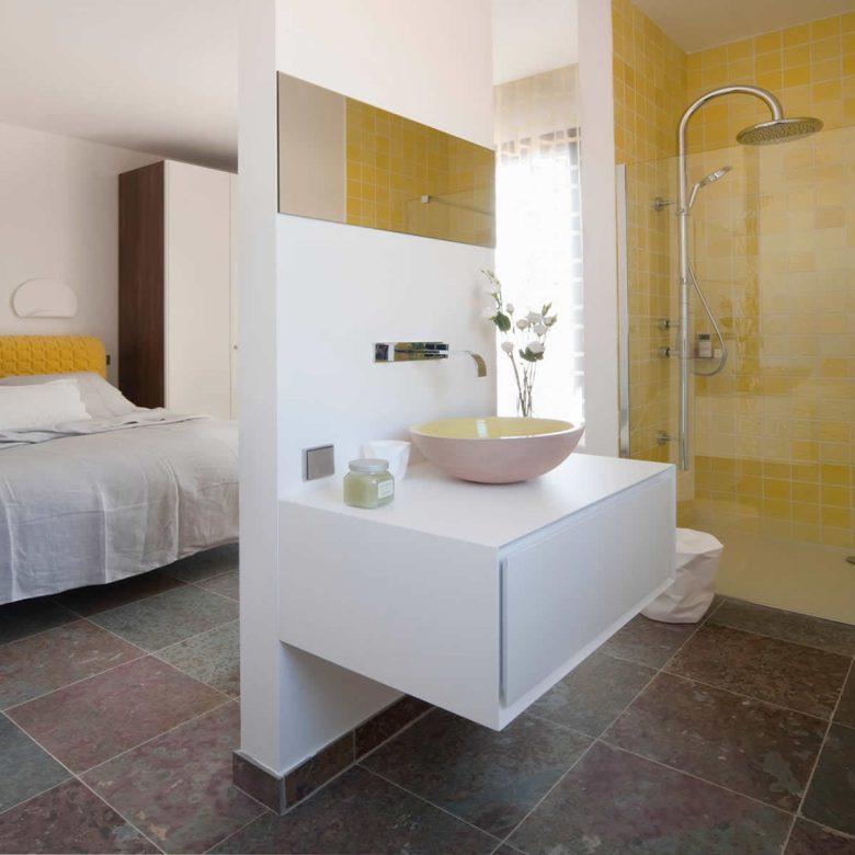 doccia-in-camera-da-letto-24