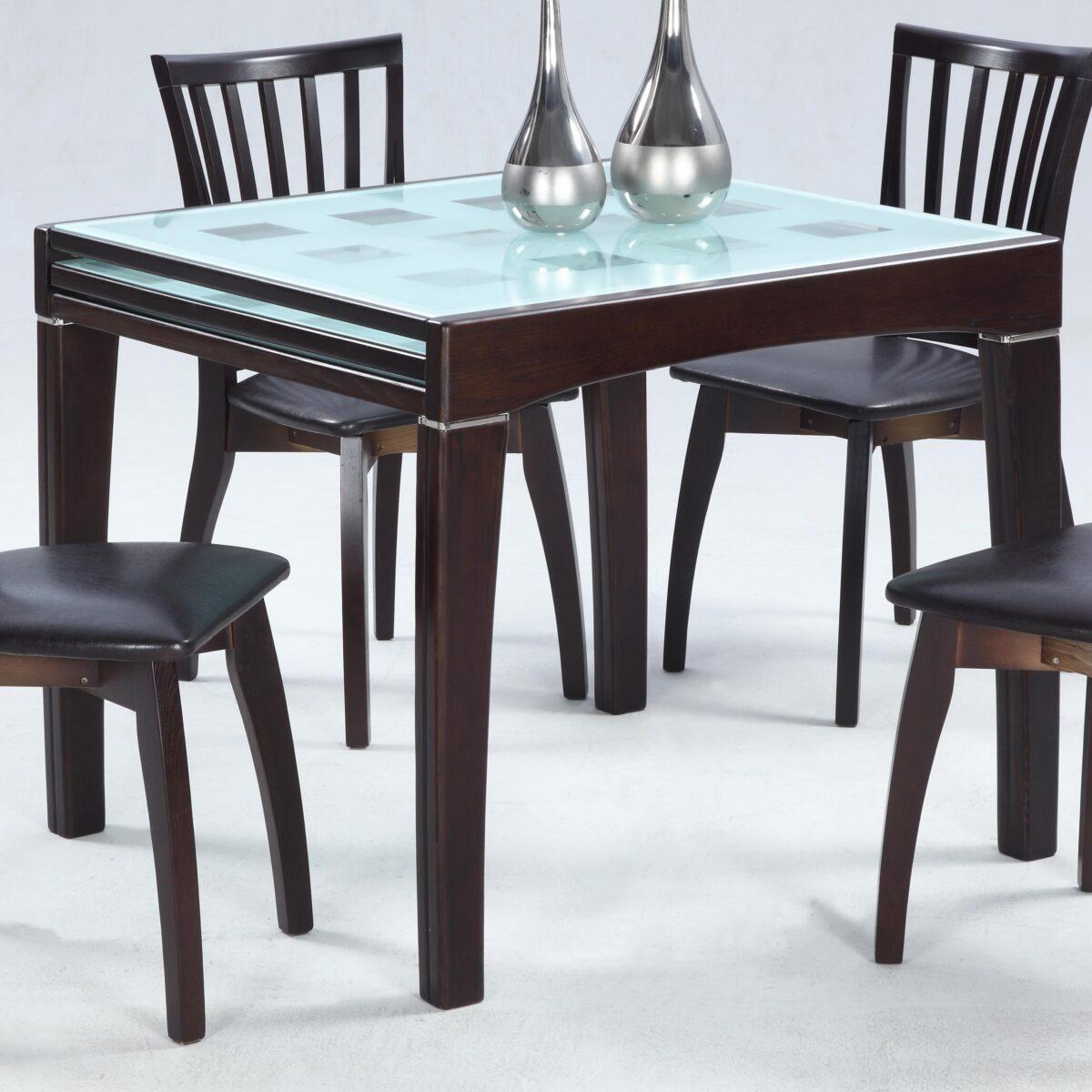 tavolo-quadrato-in-cucina-10-idee-e-foto-010