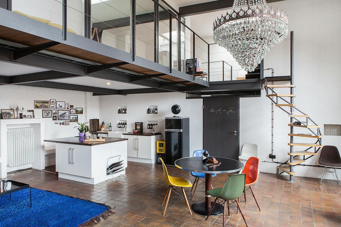 Tavolo rotondo in cucina: 10 idee e foto