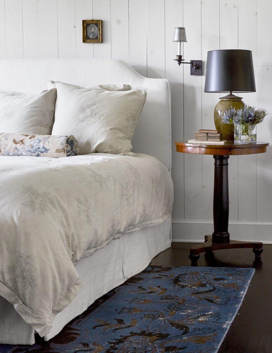 bedroom-lighting-ideas-hbx080118carter08-1570050044